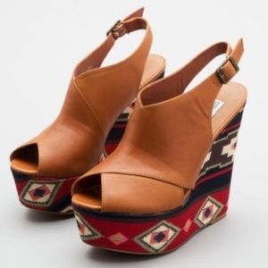 Steve Madden Cognac Leather & Aztec Print Wedges